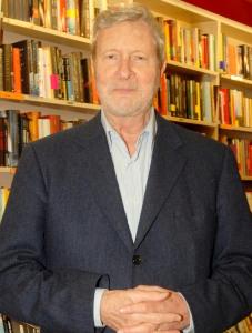"""Gianni Vattimo (1936 - ), pensador italiano, autor de """"Diálogos com Nietzsch"""" (Ed. Martins Fontes),"""