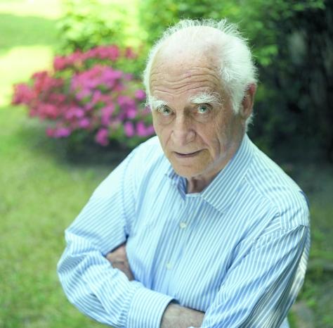 Michel Serres, filósofo francês, nascido em 1930, membro da Academia Francesa.