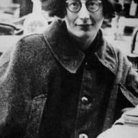 """SIMONE WEIL: UMA FIGURA HUMANA FORA DO COMUM - Leia o texto magistral que José Paulo Paes escreveu sobre S. Weil, """"Epopéia e Miséria Humana"""""""