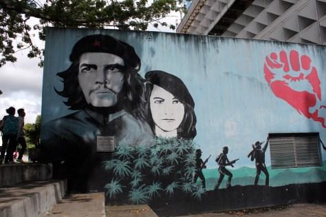 """""""Plaza del Guerrillero Heroico"""", Universidade de São Carlos, Guatemala."""