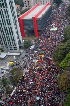 Sampa, Domingo, 04/09