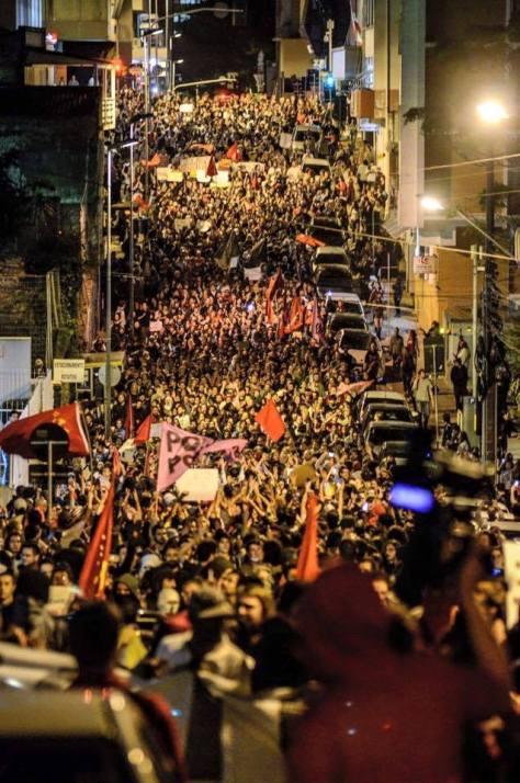 """""""As 40 pessoas que quebram carro?"""", diz Michel Temer sobre atos contra impeachment - Folha de S.Paulo: http://bit.ly/2cnp7LH"""
