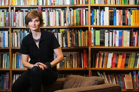 a-escritora-eliane-brum-na-livraria-da-vila-em-sao-paulo