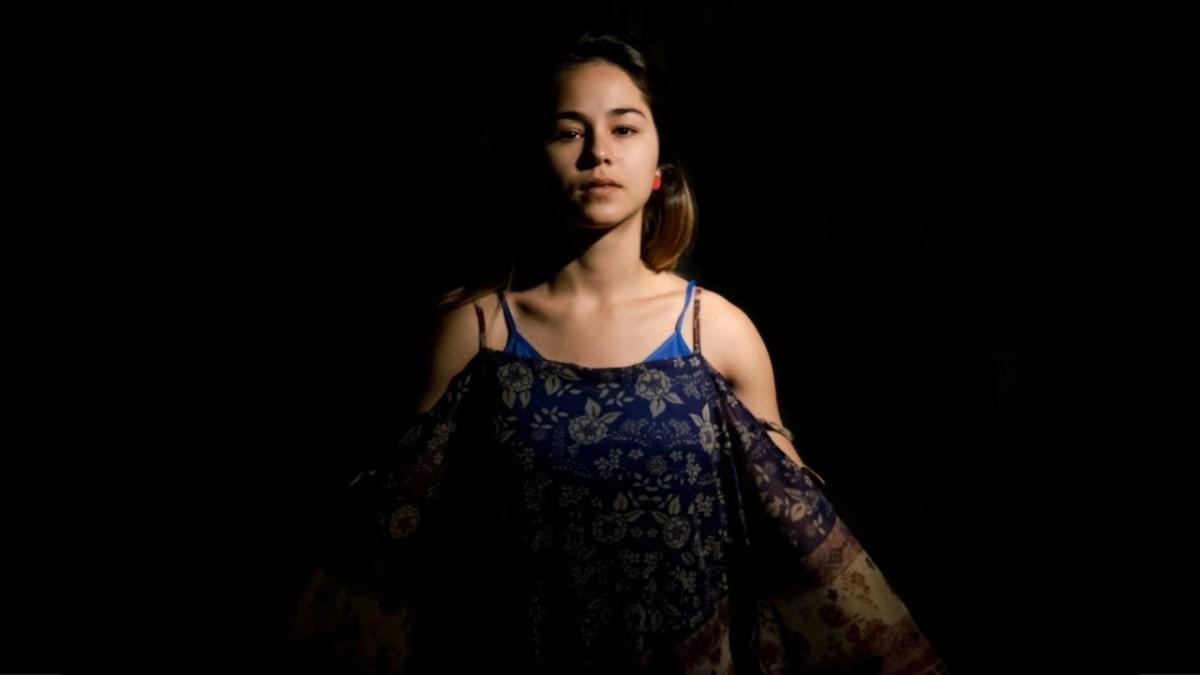 """O TEMPLO DO TEMPO - Sobre um dos grandes álbuns da música brasileira contemporânea: """"Cordões Umbilicais"""", de Flaira Ferro"""