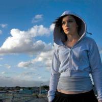 """A ODISSÉIA DUM PEIXE DANÇARINO PRA FUGIR DE UM AQUÁRIO-PRESÍDIO - Sobre o filme """"FISH TANK"""" (U.K., BBC Films, 2009), de Andrea Arnold"""